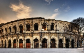 Arena of Nimes (click to view)