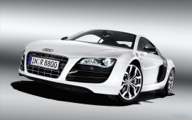 Audi R8 v10 (click to view)