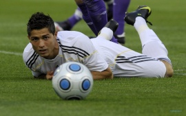 Cristiano Ronaldo Watching Ball