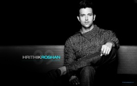 Hrithik Roshan Stylish Bollywood Actor In Sweater