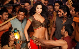 Katrina Kaif Hot In Chikni Chameli  Wallpaper