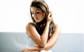 Nayantara Beautiful Sexy Looking