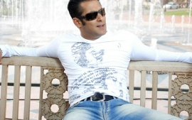 Salman Khan Seatingon Banch With White T Shirt High Resolution Desktop HD wallpaper