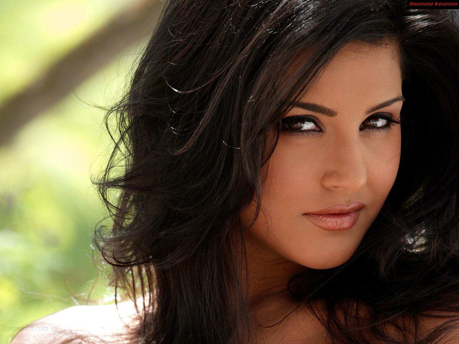 Remarkable, Beautiful sunny leone are